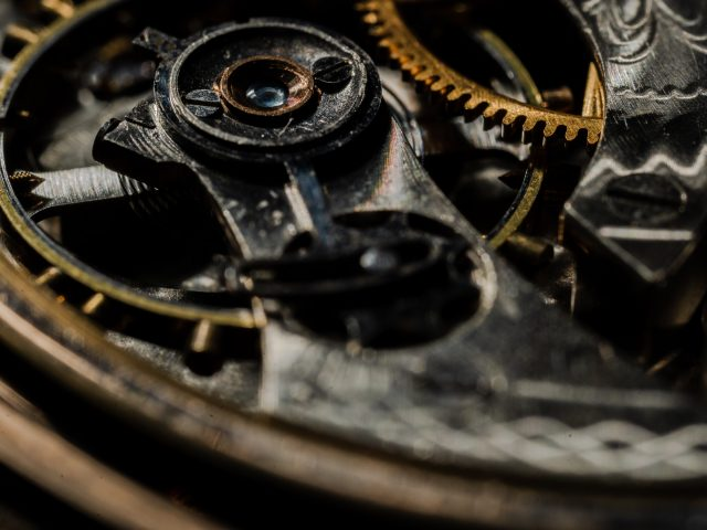 """Online практикум: Мисленнєві експерименти """"Механічний апельсин"""", """"Проблема вагонетки"""" з Олегом Хомою [25 травня], 19:00"""